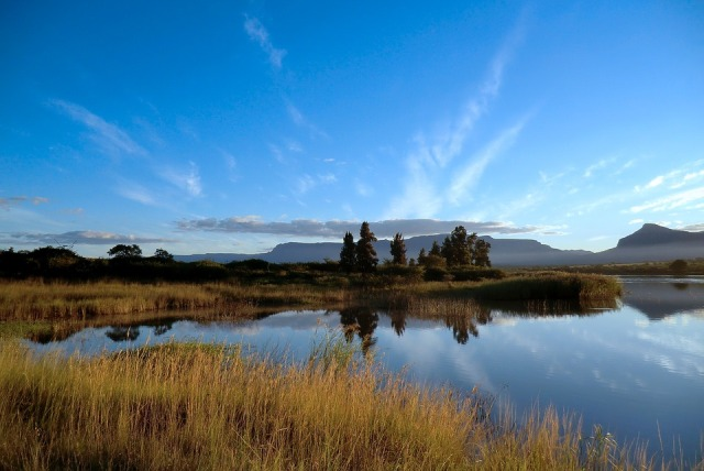10 'Must See' Destinations in the Diverse and Colorful South Africa - Exploring Motherland Africa